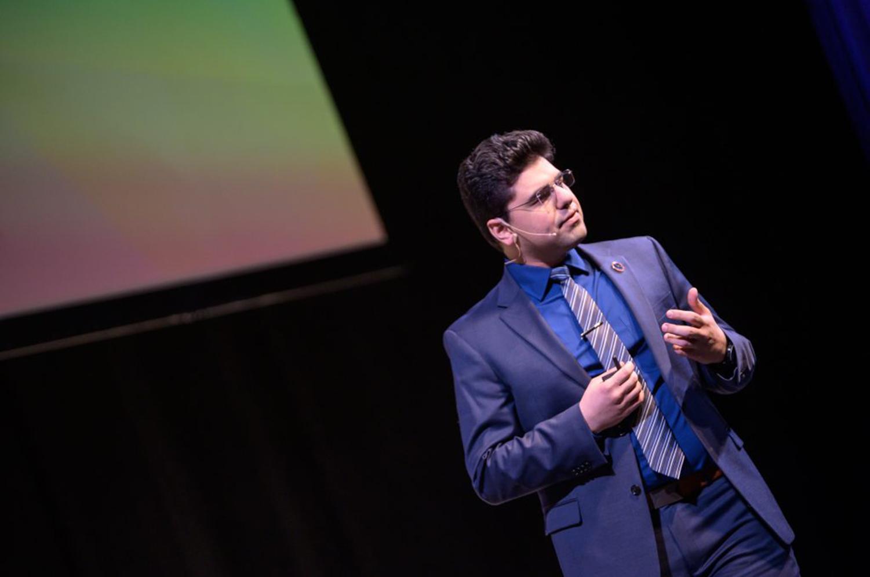 speaker speaking at ctnext event